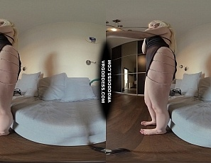 022621_behind_the_scenes_camera_girl_using_clit_sucker_on_spinner_blonde_kapri_in_vr